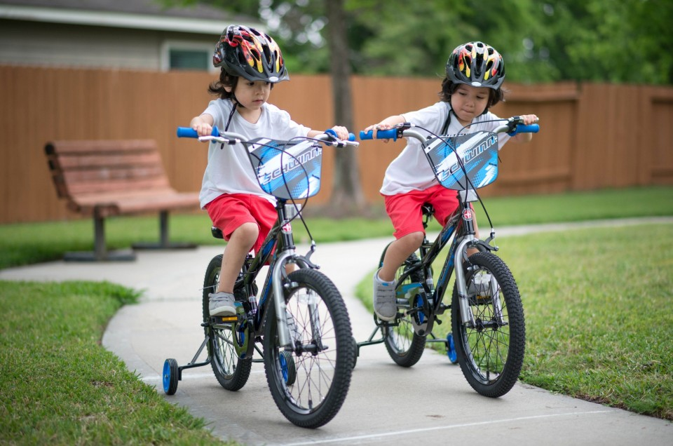 Sebastian and Cristian's 1st Ride on their Schwinn SmartStart bikes